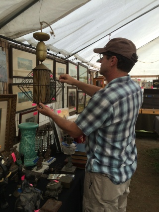 Pre-purchase inspection of old church lamp