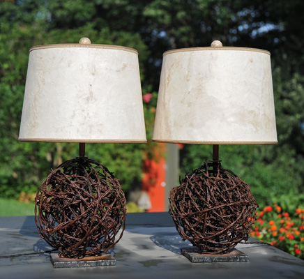 barbed_wire_lamps2